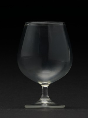 Brandy-Glass_5607464_01