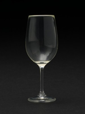 Wine-Glass_560746_01